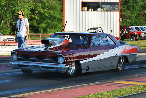 2013 Paris Drag Strip Bracket Action 4-20-13